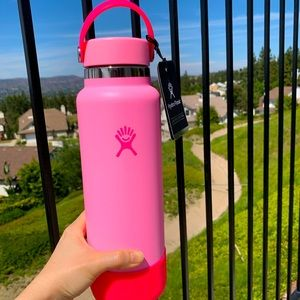 40oz Hydro Flask *Limited Edition* Pink